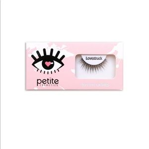 Petite Cosmetics false eyelashes